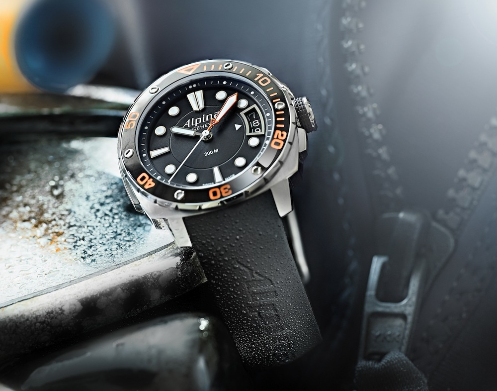 Alpina_Extreme_Diver_300_Orange_MidSize_AL-240LBO3V6 copy.jpg