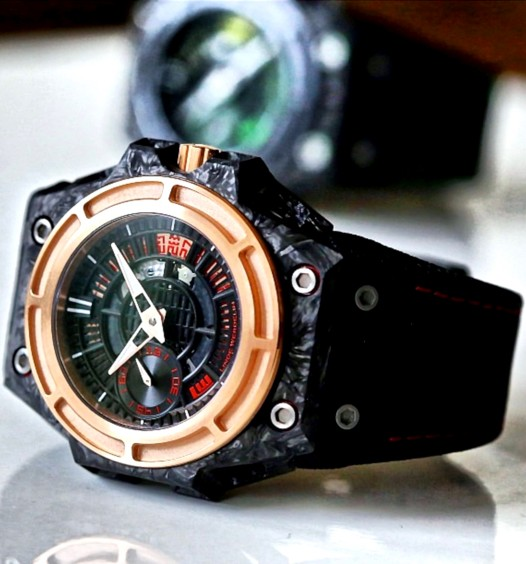 linde_werdelin_spidolite_ii_tech_gold.jpg