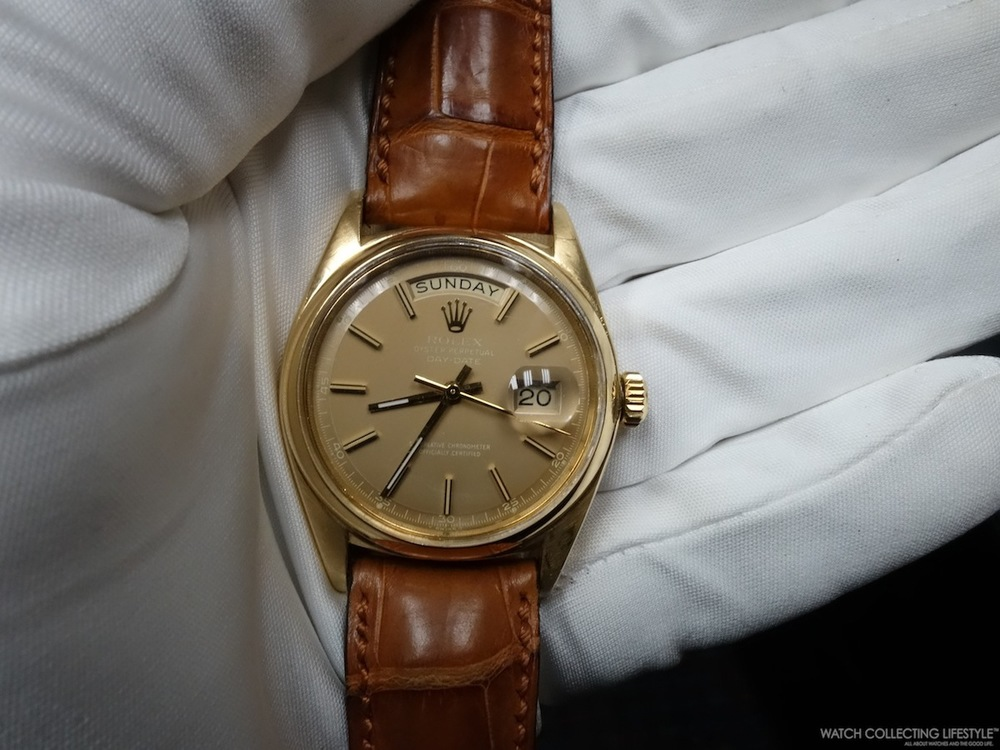 Rare Rolex Day-Date ref. 1802 with Smooth Bezel. Very rare as most of these watches are fitted with a fluted bezel instead.