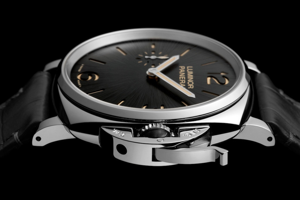 New Officine Panerai Luminor Due 3-Days PAM 676. Sticker Price $8,100 USD.