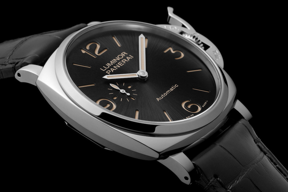 New Officine Panerai Luminor Due 3-Days Automatic PAM 674. Sticker Price $10,700 USD.