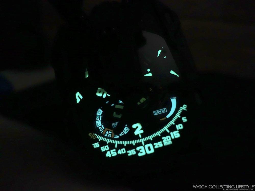 Urwerk UR-105 CT Streamliner Luminova