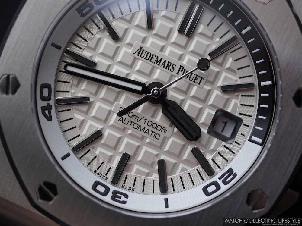 Audemars Piguet Royal Oak Offshore Diver Silver-Tone White Dial ref. 15710ST
