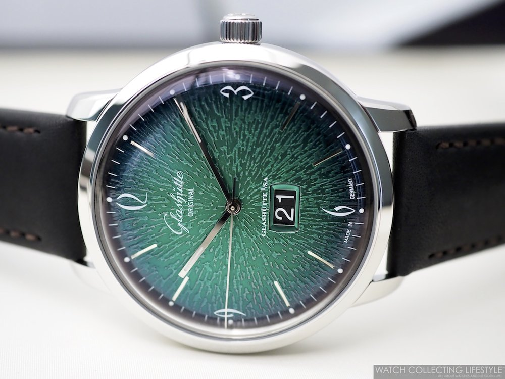 Glashütte Original Sixties Panorama Date Green