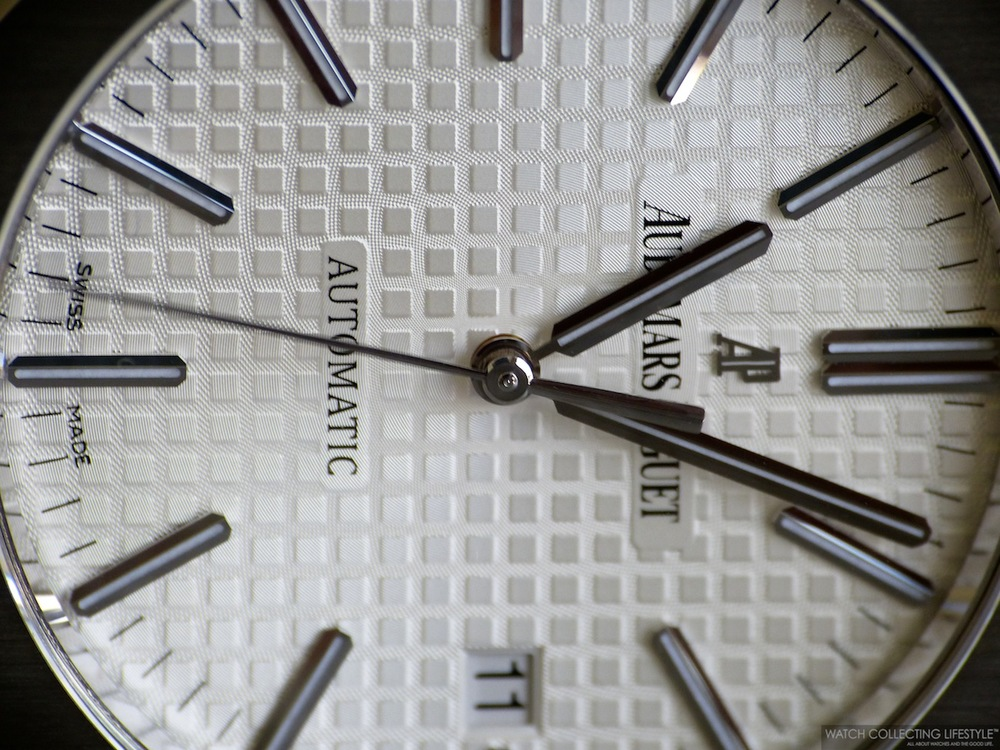 Dial Detail on Royal Oak ref. 15400