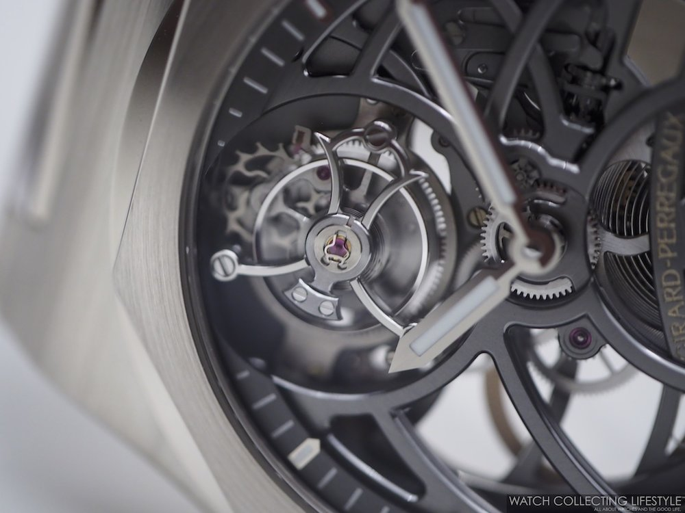 Girard-Perregaux Laureato Flying Tourbillon Skeleton Macro