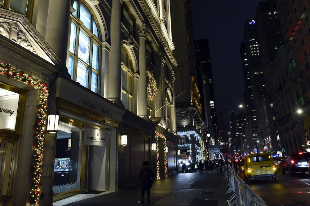 news jaquet droz opens pop up store on new york city s fifth avenue