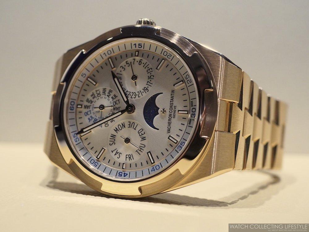 Vacheron Constantin Overseas Ultra-Thin Perpetual Calendar ref. 4300V Bracelet