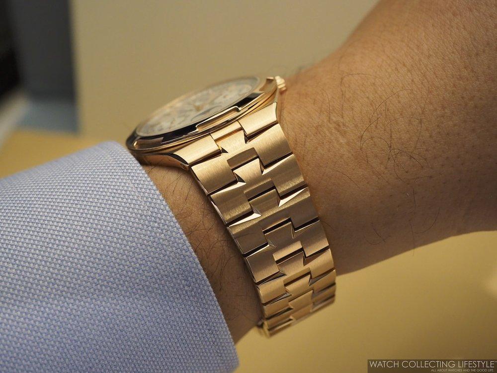 Vacheron Constantin Overseas Ultra-Thin Perpetual Calendar ref. 4300V Wristshot