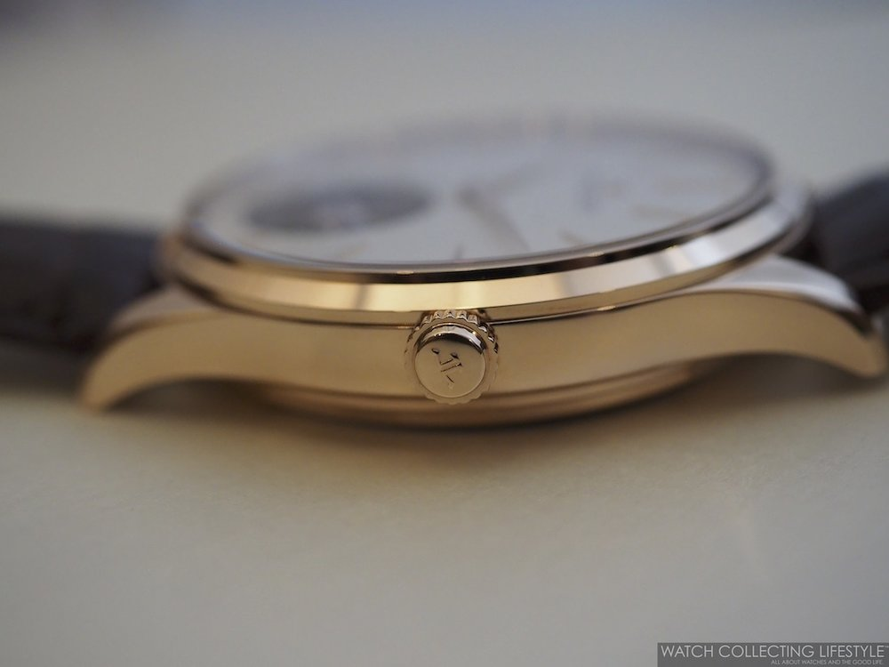 Jaeger-LeCoutlre Master Ultra Thin Tourbillon Pink Gold Case Profile