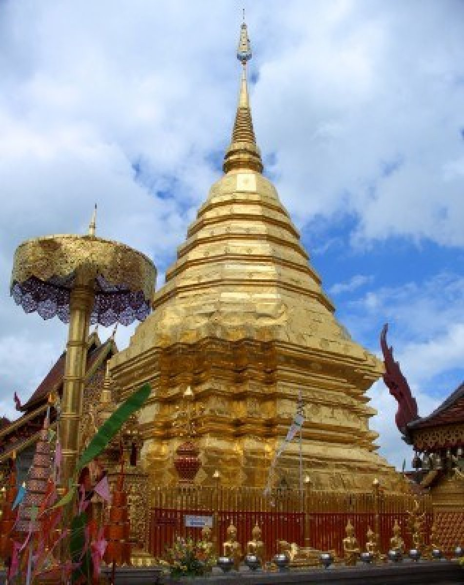 1342893-main-chedi-in-doi-sutep-temple-chiang-mai-thailand.jpg