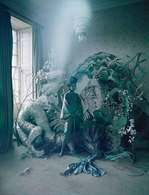 2-magical-thinking-tim-walker-w-magazine-march-2012.jpg
