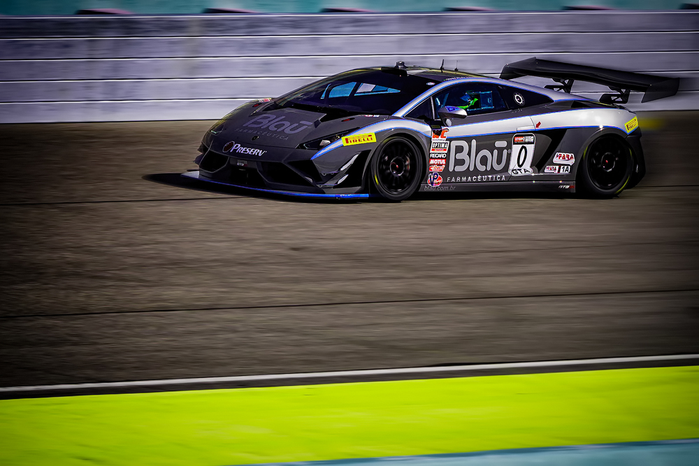 20151004_Blau Lamborghini.jpg