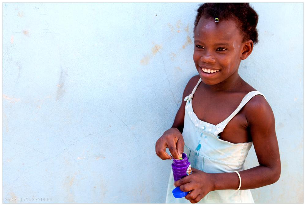 Sarah Jane Sanders_Haiti 2013_Bubbles.jpg