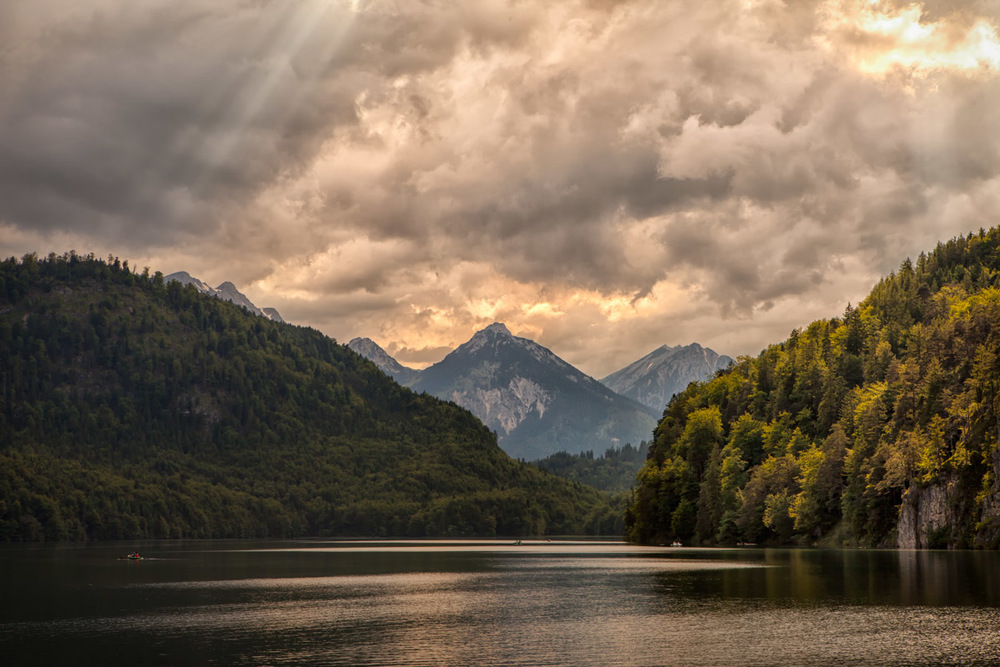 The nearby Alps and lakes make for some dramatic scenery