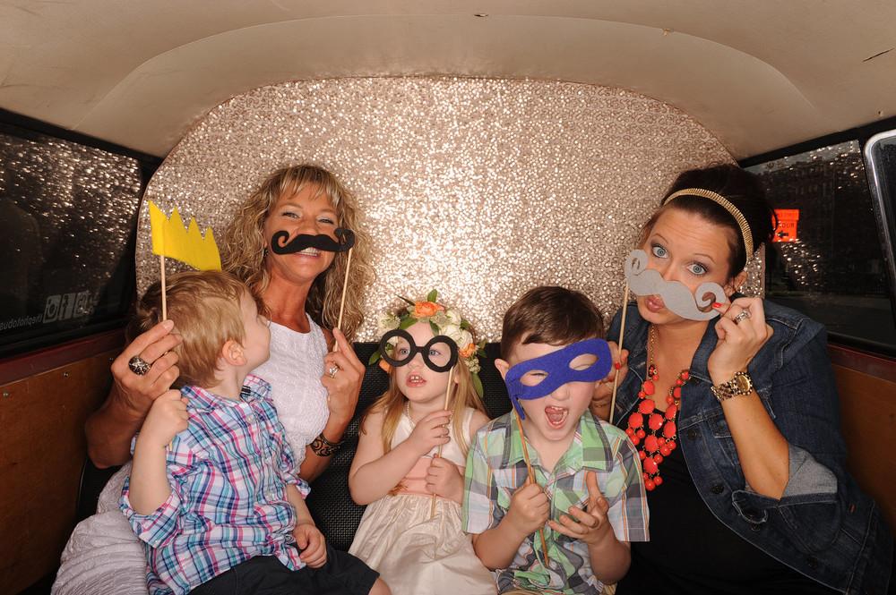 Kansas-City-Wedding-Photo-Booth-The-Photo-Bus