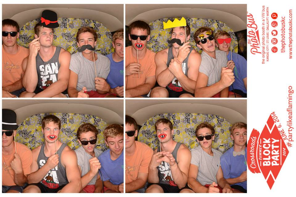 hipster-photobooth-the-photo-bus-kansas-city