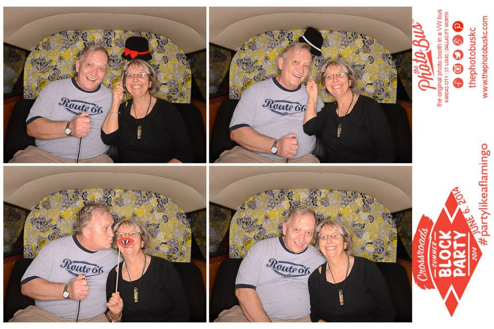 best-quality-photobooth-kansascity-the-photo-bus-kc