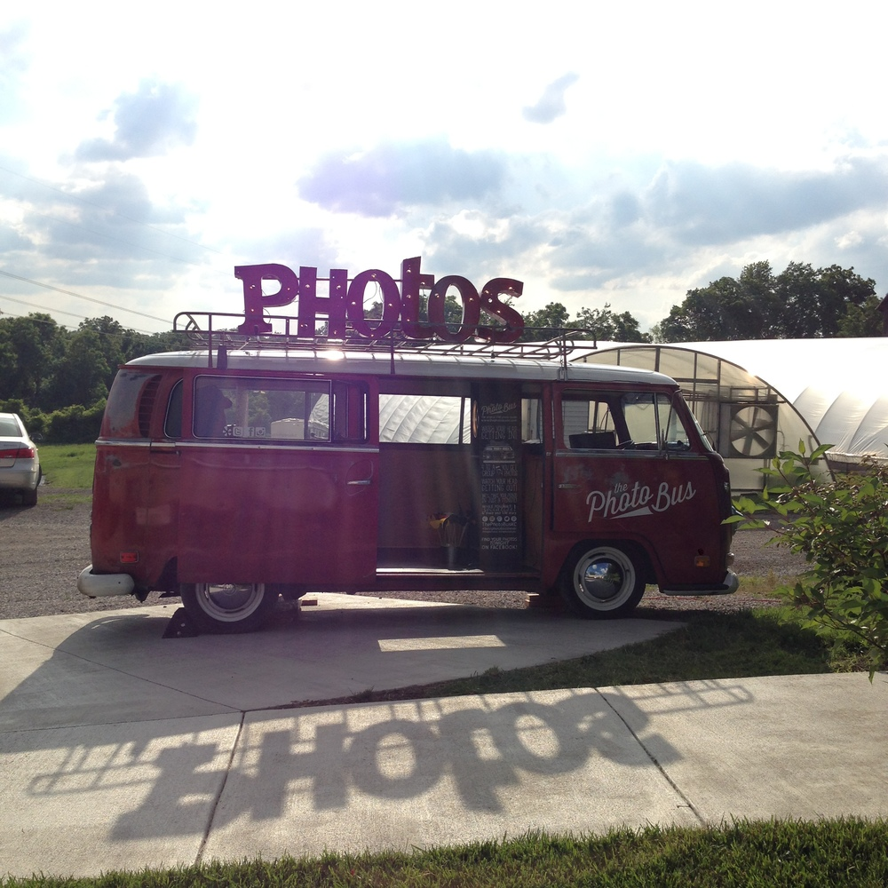 The-Photo-Bus-VW-Photobooth-Eudora-Lawrence-Enright-Gardens-KSs