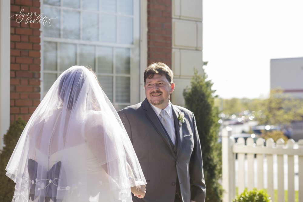 the deleon kansas city wedding photos-13.jpg