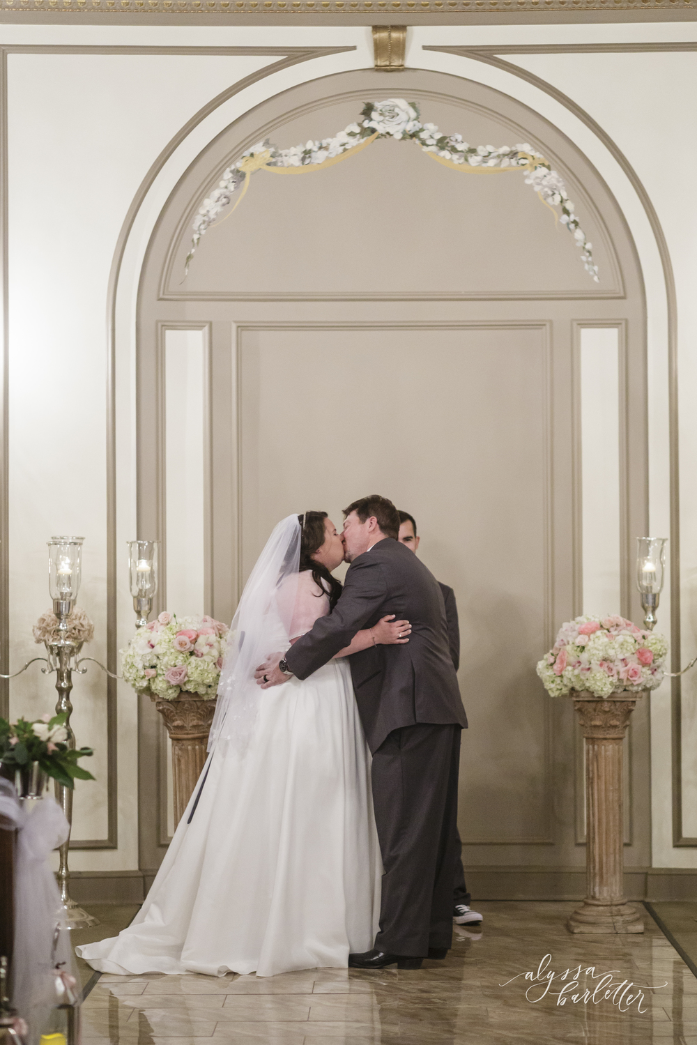 the deleon kansas city wedding photos-18.jpg