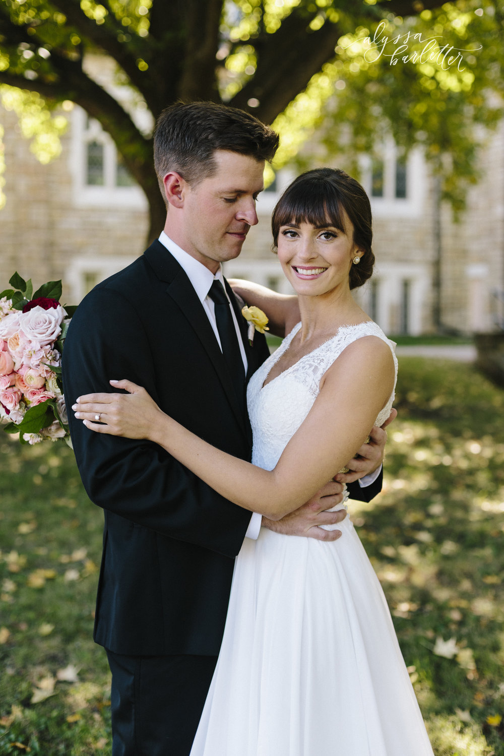 alyssa barletter wedding photography traditional downtown kansas city-27-10.jpg