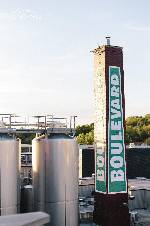 alyssa barletter photography kansas city wedding golf course boulevard brewery-1-45.jpg