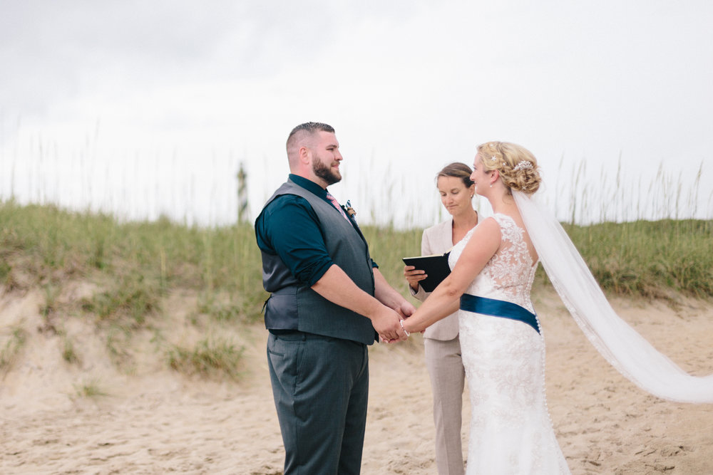 alyssa barletter photography buxton north carolina outer banks obx cape hatteras elopement intmate beach wedding-21.jpg