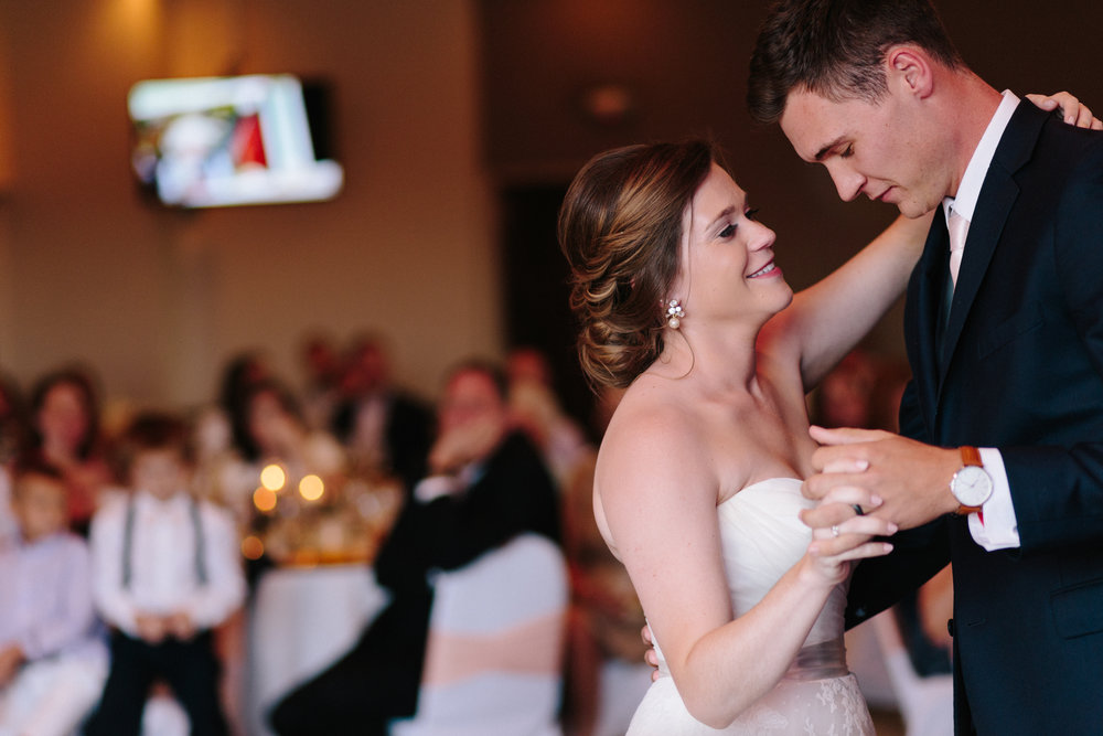 alyssa barletter photography wedding st andrews golf club olathe kansas megan and sean-56.jpg