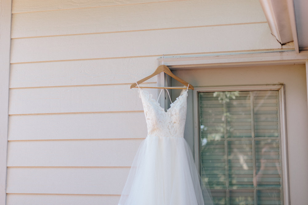 alyssa barletter photography manhattan kansas wedding photos church country club gardens taylor and kirk-1.jpg