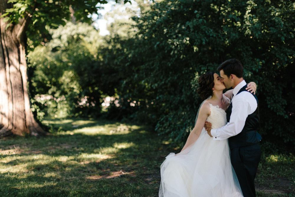 alyssa barletter photography manhattan kansas wedding photos church country club gardens taylor and kirk-49.jpg