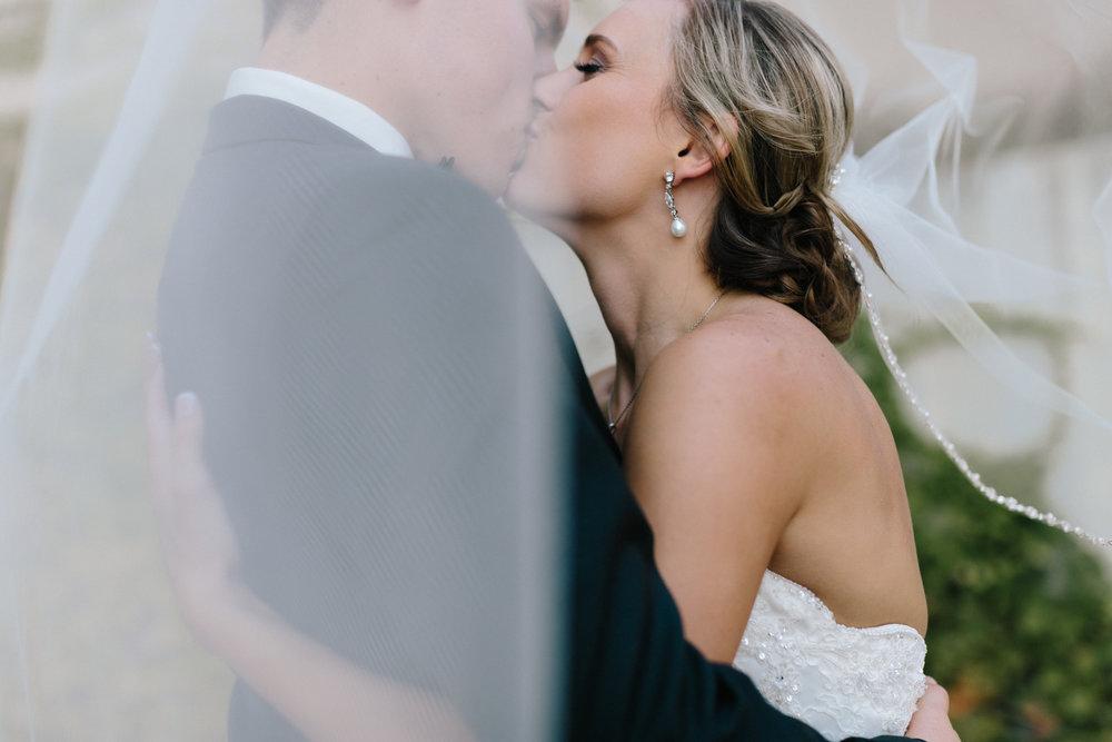 alyssa barletter photography kansas city wedding photographer katie and kendall-52.jpg