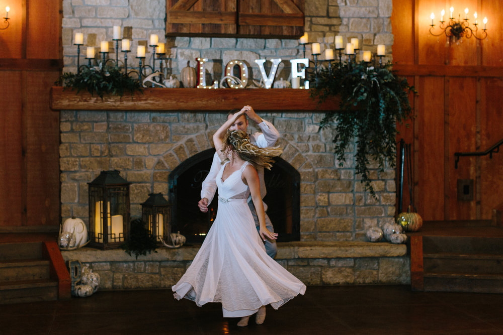 alyssa barletter photography big cedar lodge integrity hills fall wedding branson missouri-60.jpg