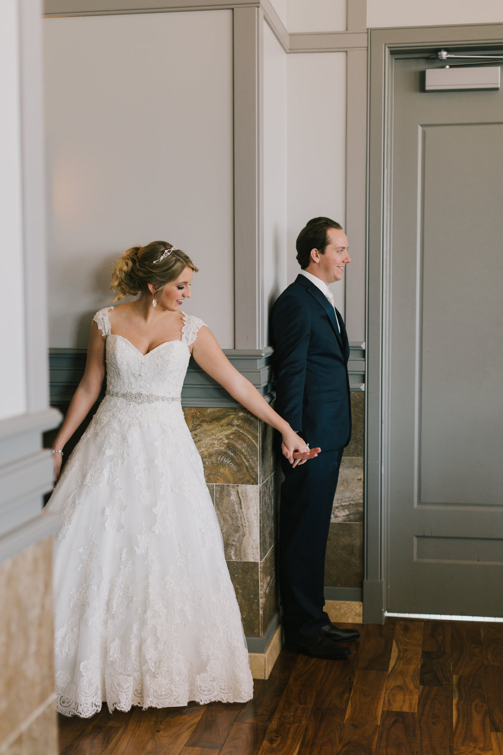 alyssa barletter photography omaha nebraska wedding photographer winter-10.jpg