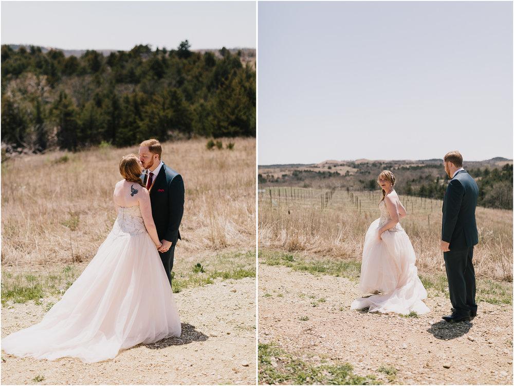 alyssa barletter photography manhattan kansas spring wedding liquid art winery-9.jpg