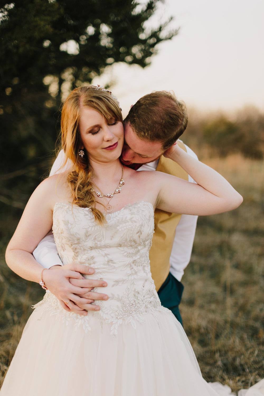 alyssa barletter photography manhattan kansas spring wedding liquid art winery-52.jpg