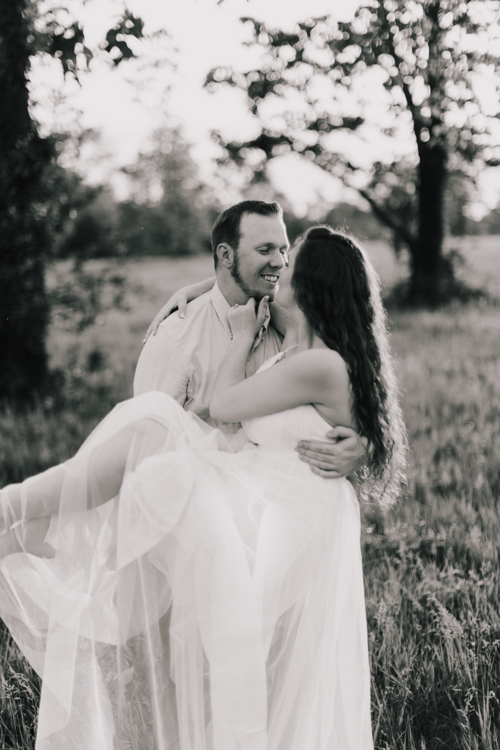 alyssa barletter photography summer shawnee mission park engagement session long maxi dress outfit chapman-12.jpg