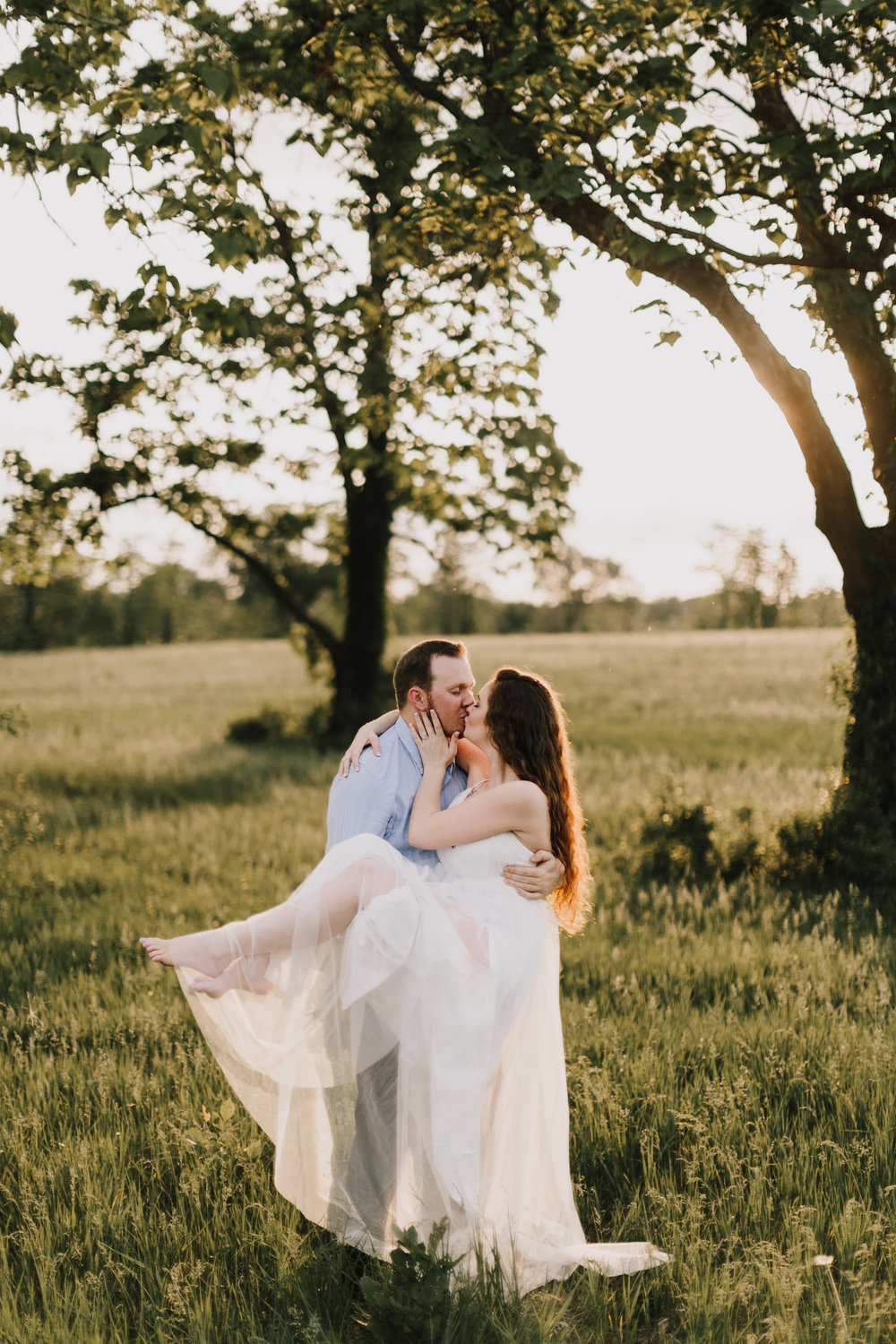 alyssa barletter photography summer shawnee mission park engagement session long maxi dress outfit chapman-17.jpg