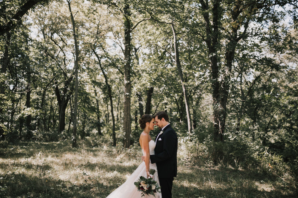 alyssa barletter photography wedding photographer the venue in leawood kansas classic wesley chapel summer wedding-15.jpg
