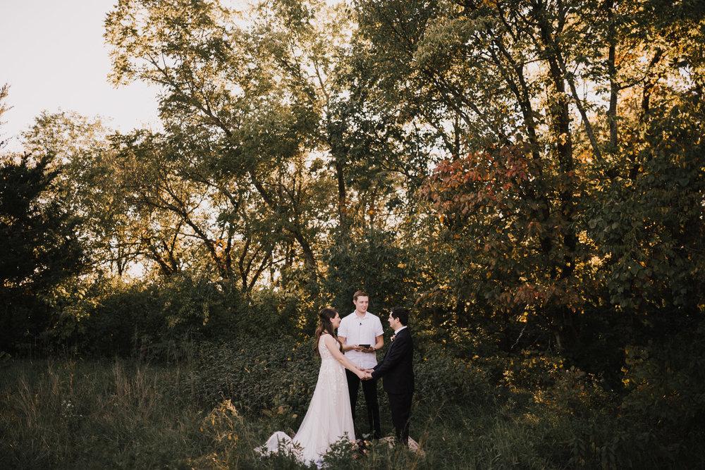 alyssa barletter photography kansas elopement indian summer early autumn intimate wedding-1.jpg