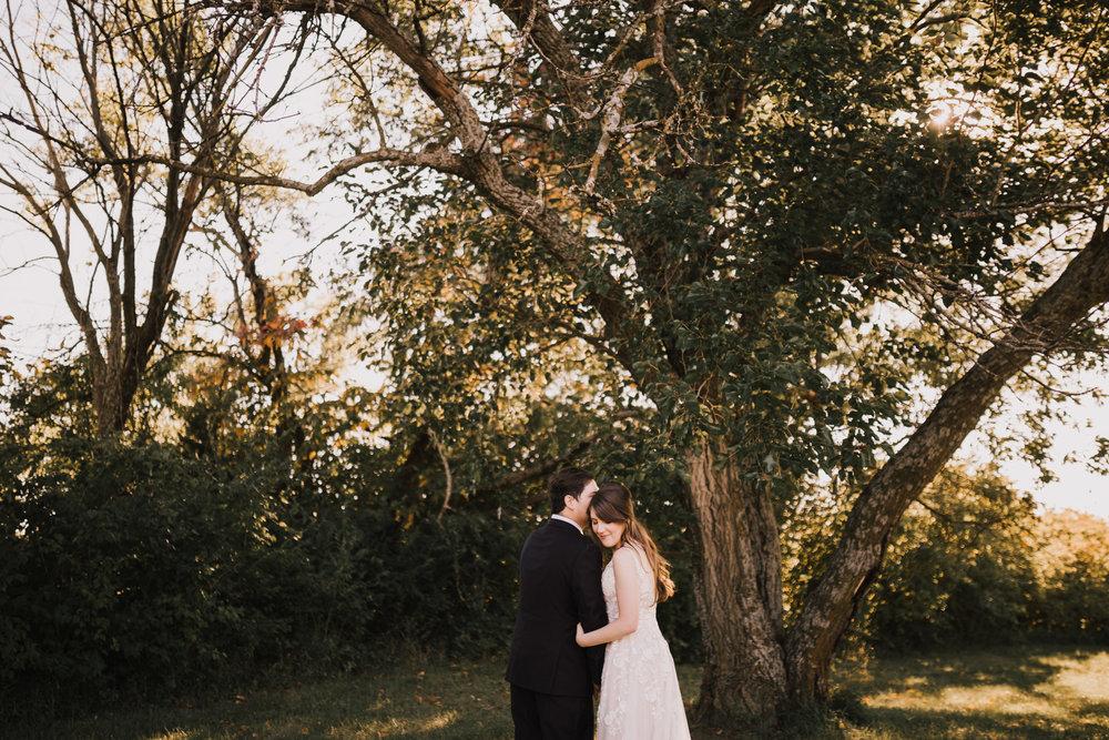 alyssa barletter photography kansas elopement indian summer early autumn intimate wedding-10.jpg