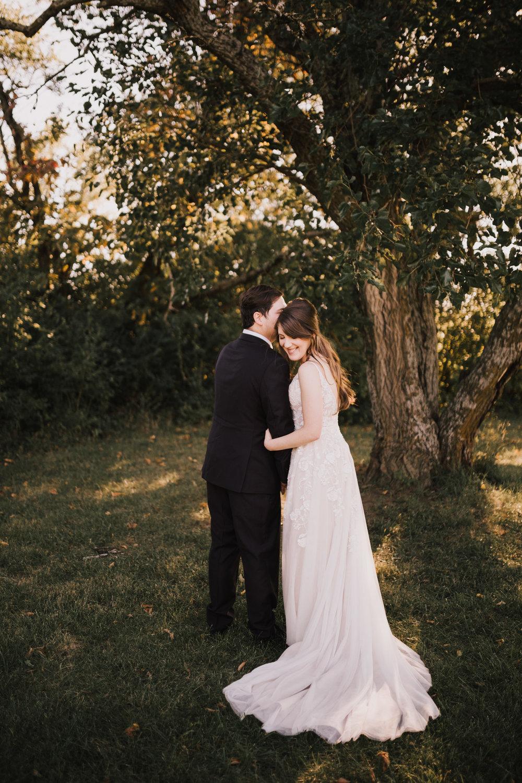 alyssa barletter photography kansas elopement indian summer early autumn intimate wedding-14.jpg