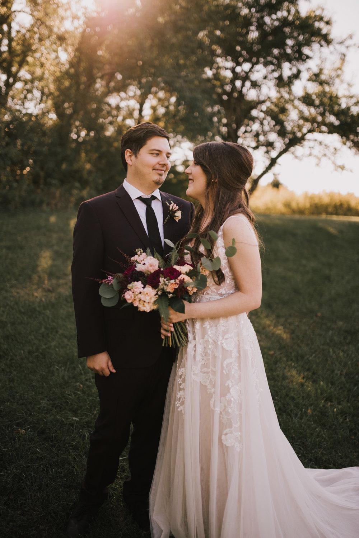 alyssa barletter photography kansas elopement indian summer early autumn intimate wedding-16.jpg