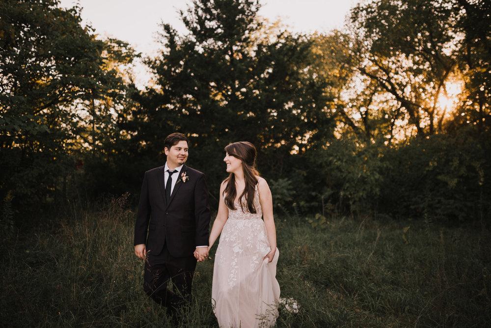 alyssa barletter photography kansas elopement indian summer early autumn intimate wedding-22.jpg