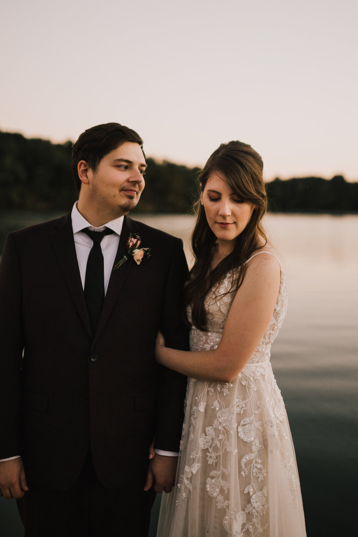 alyssa barletter photography kansas elopement indian summer early autumn intimate wedding-24.jpg