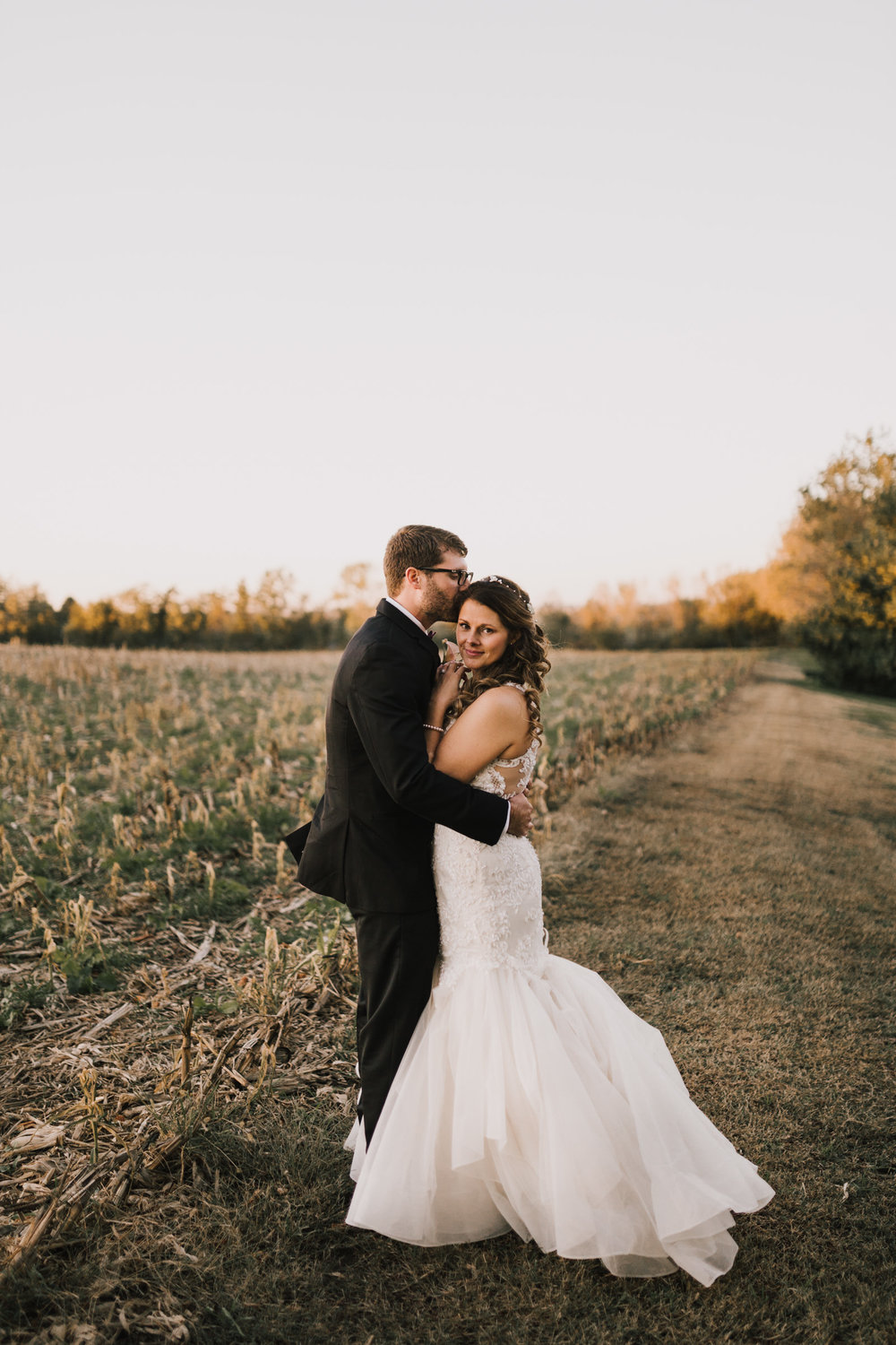 alyssa barletter photography intimate fall autumn wedding rural missouri wedding photographer-39.jpg