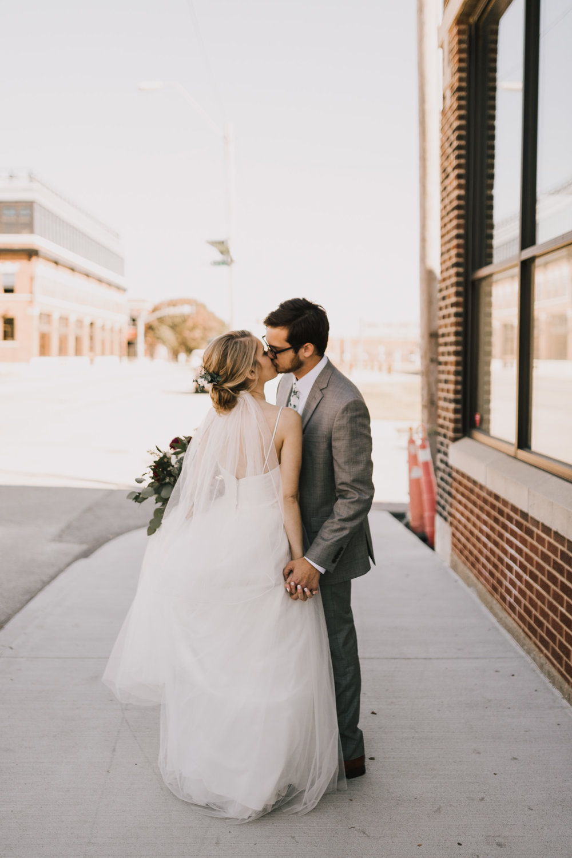 alyssa barletter photography midtown kansas city wedding el torreon kcmo fall october wedding photography-31.jpg