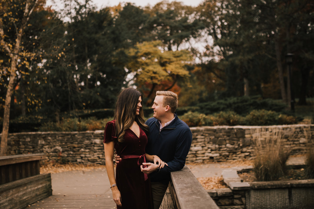 alyssa barletter photography loose park fall engagement photos autumn wedding photography-3.jpg