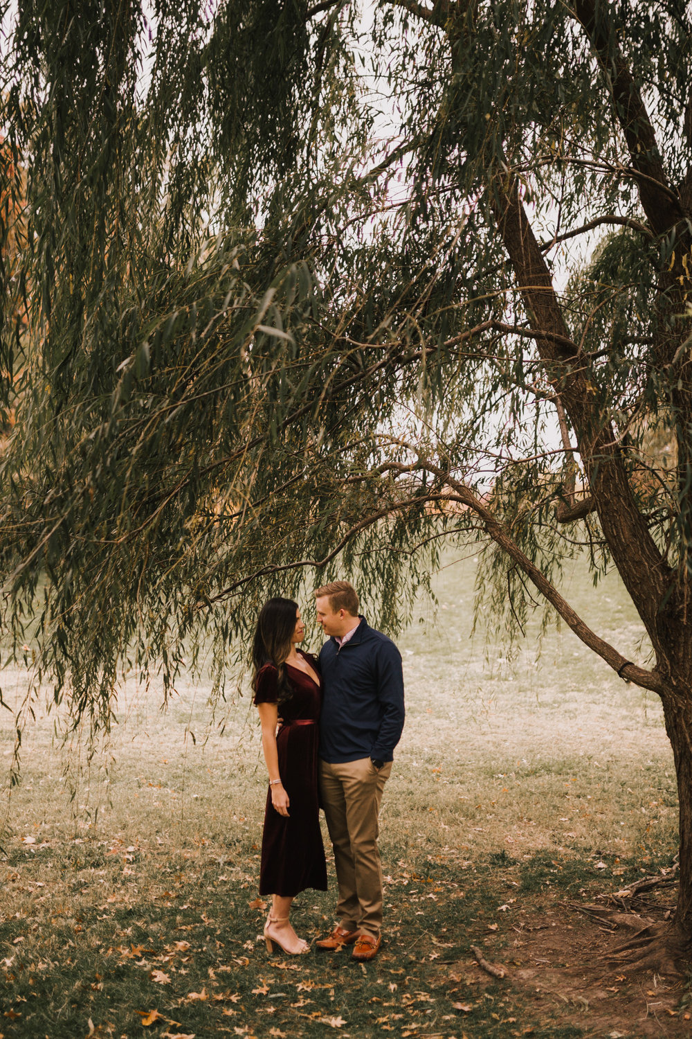 alyssa barletter photography loose park fall engagement photos autumn wedding photography-11.jpg