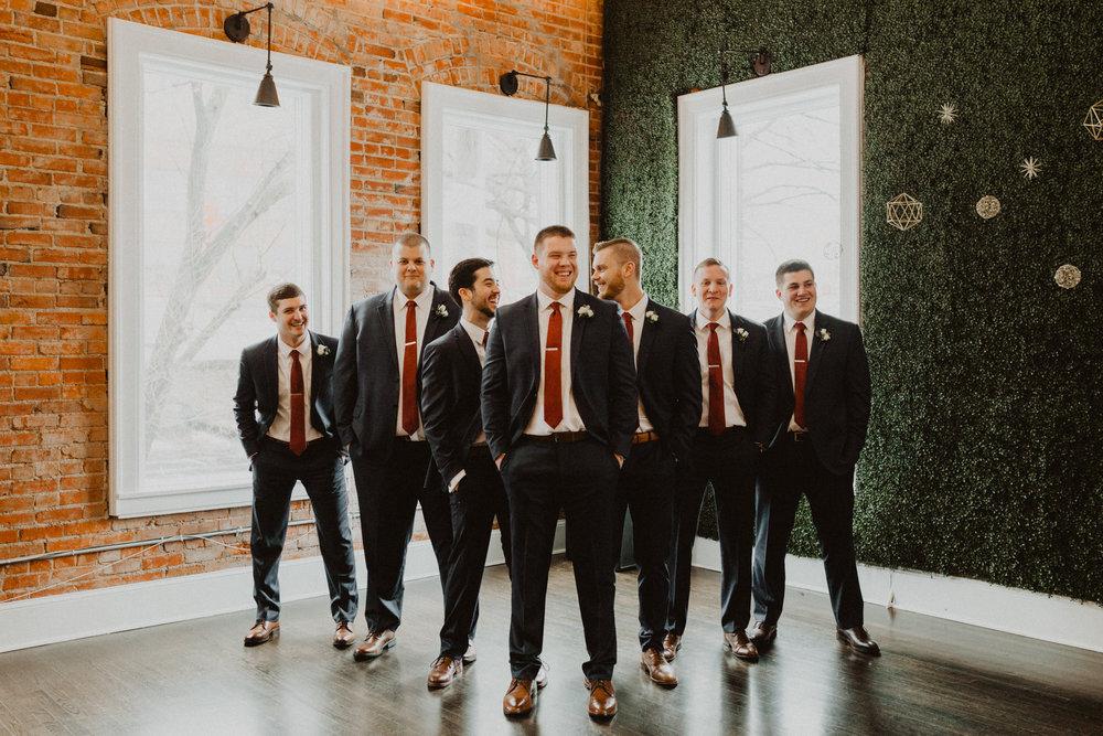 alyssa barletter photography 2016 main kansas city wedding rainy day photographer grace and justin magott-25.jpg